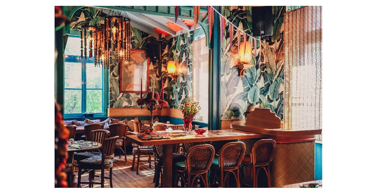 Πού τρώμε μετά το Δημοτικό Θέατρο Πειραιά; Η απόλυτη πρόταση για φαγητό και ποτό είναι το CHE