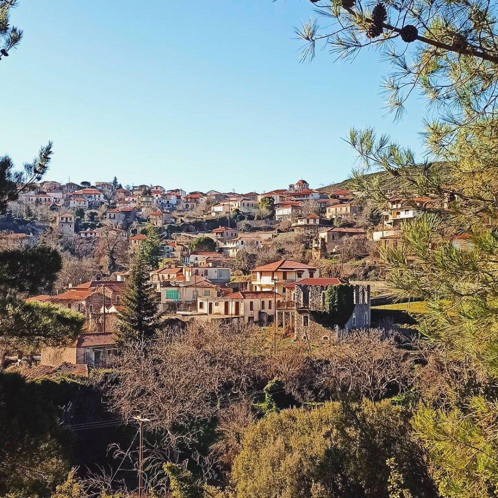 Καρυές Λακωνίας: Ένας κορυφαίος φθινοπωρινός προορισμός